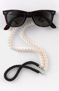 PEARL STRANDS OF RAY-BAN. <3