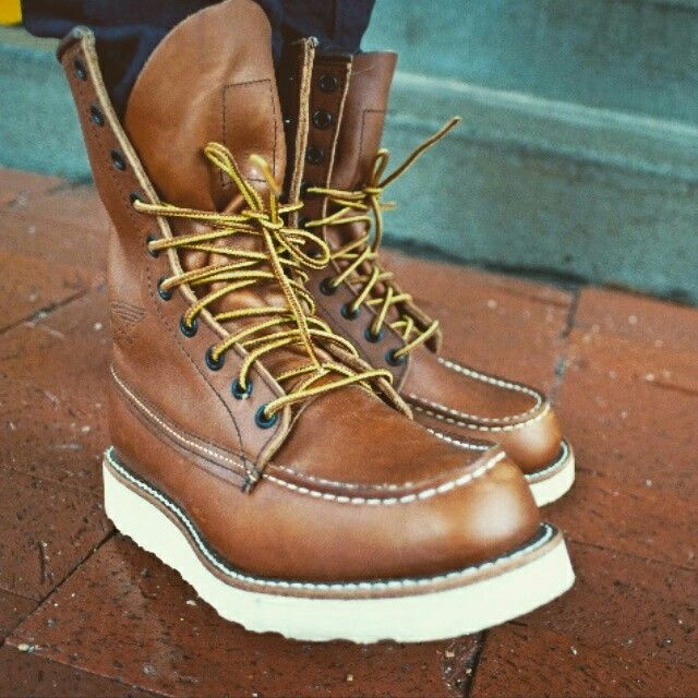 Red Wing 877....