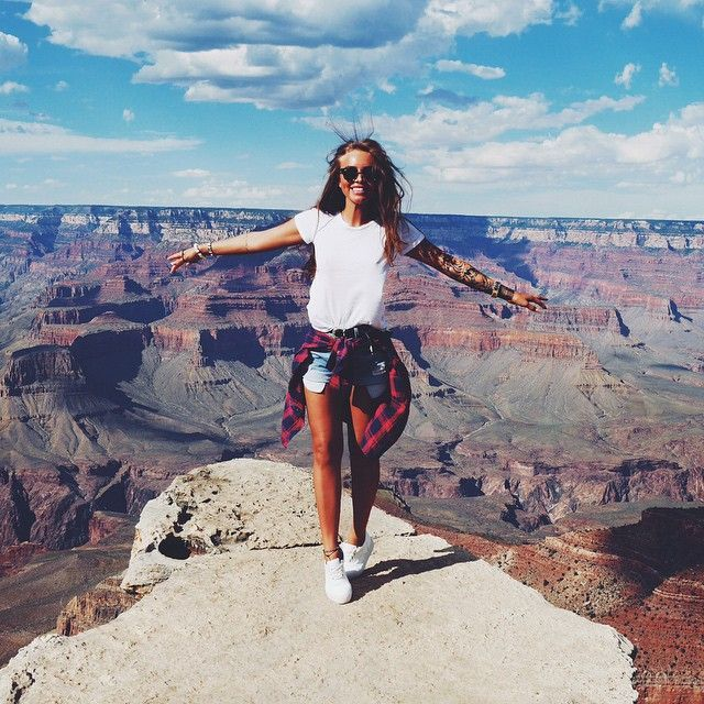 Amazing Grand Canyon views and a casual travel outfit