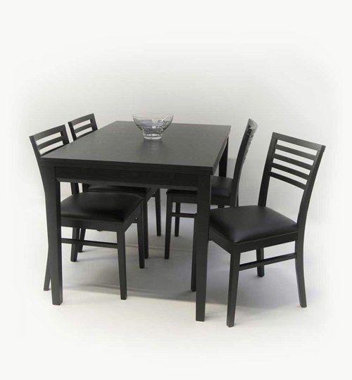Ronja matbord, ett bord som kan användas som mat eller köksbord. Bordet går att justera från 120 cm till 180 cm, genom att dra ut en extra bordsskiva. Ronja är i svart ekfärg som passar i många svenska hem. Bordet Ronja har mycket holländska drag d.vs. ett typ av bord med iläggskiva som var vanligt under 50 och 60-talet. Bordet Ronja är därför väldigt användbart för både stora och små familjer.  #azdesign #designstudio #ronja #svart