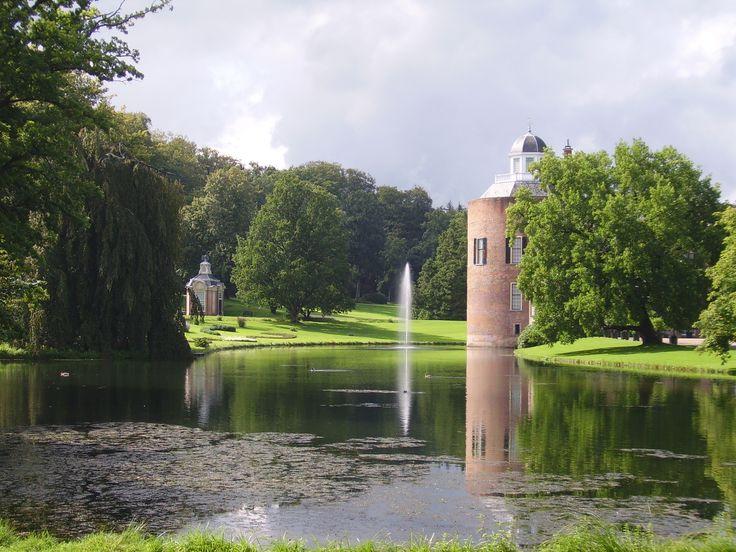 Landschapelijk park bij kasteel roosendaal