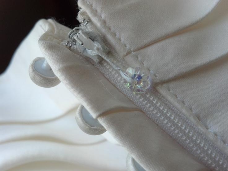 14 best images about needlecraft zipper repair on pinterest a button hem pants and zippers. Black Bedroom Furniture Sets. Home Design Ideas