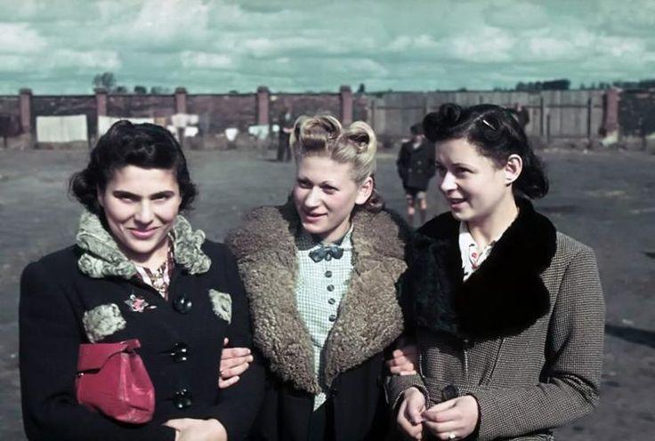 Duitse meisjes (Kleur)