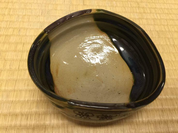 織部 沓型夏茶碗