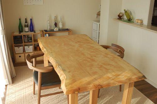 とち一枚板天板テーブルほか、家具を納品しました ┃ オーダー家具と無垢天板 東京 WOODWORK