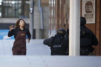 Live Updates: Police Storm Sydney Cafe Where Hostages Were Held