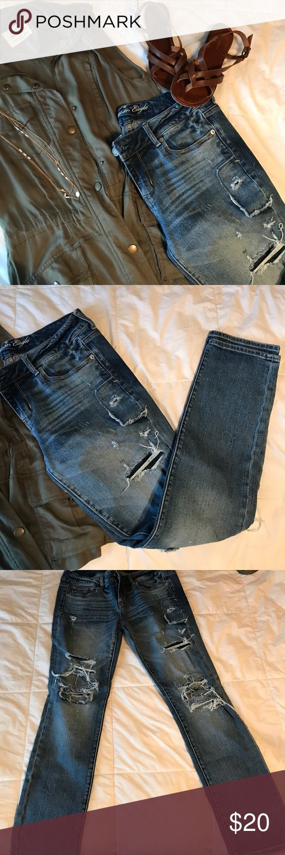 American Eagle distressed  skinny jeans American Eagle distressed skinny stretch jeans. Super cute & on trend! Purchased on posh but too big for me 😫 29 in inseam. Price is negotiable, please use offer button. Discounts on bundles. American Eagle Outfitters Jeans Skinny