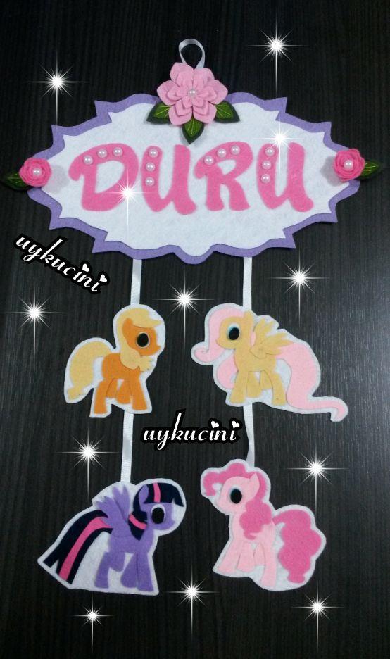 uykucini - keçe pony kapı süsü felt door trim with pony