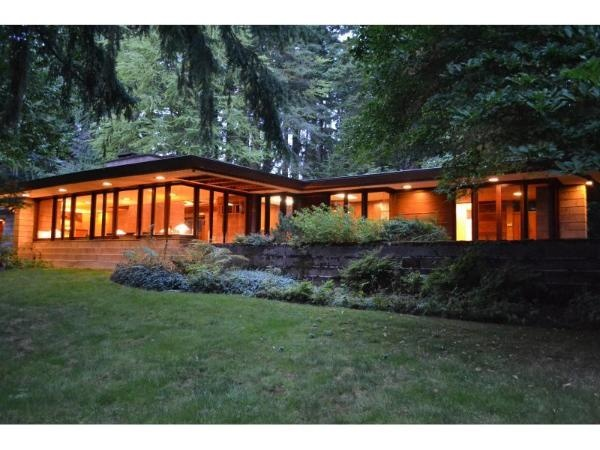 17 best images about exterior on pinterest lakes built for Usonian house plans for sale