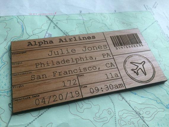 Billete de avión de madera personalizado