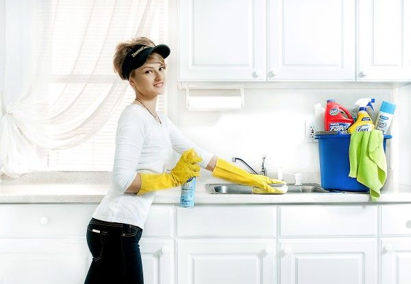 6 Things Most of us Forget to Clean at Home