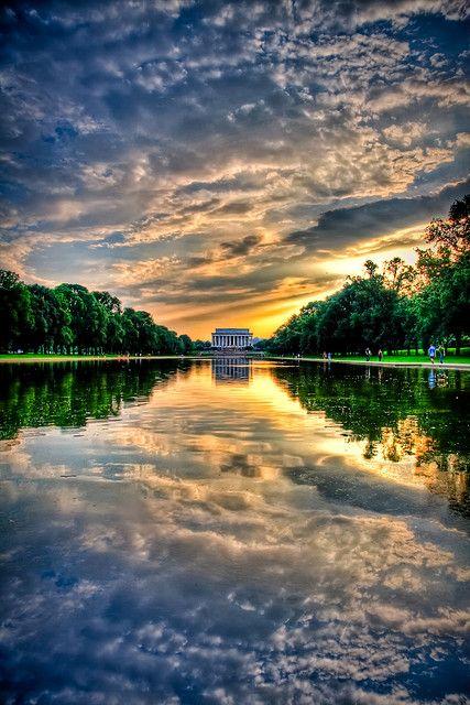 Sunset Lincoln Memorial by Kay Gaensler, via Flickr