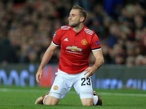 Manchester United 'rejected Arsenal approach for Luke Shaw'