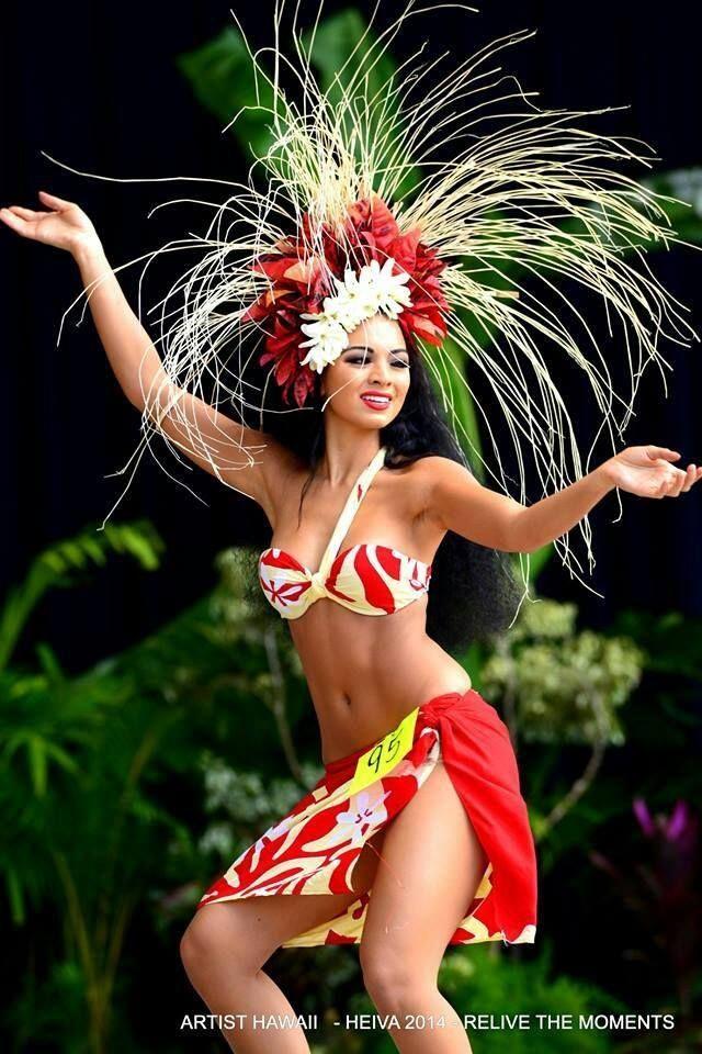 Girls of tahiti