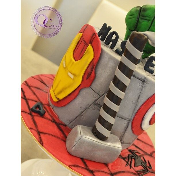 Super Heroes Cake كيك كيكات جديد ططلبات حلويات مناسبات اطفال اولاد اعياد ميلاد Q8 Cakes Insta Instacake Bi Queen Cakes Sneakers Nike Sneakers