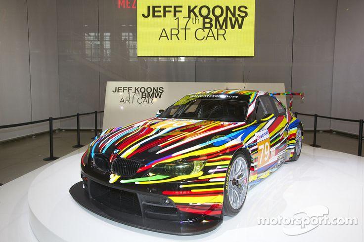 Идея создания арт-автомобилей BMW возникла в 1975 году, когда французский аукционист и гонщик Эрве Пулен впервые принял участие в 24-часовой гонке в Ле-Мане. Чтобы изменить внешность своего автомобиля...