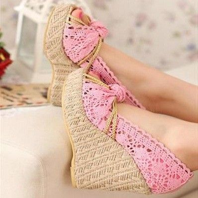 Lace wedge pink shoes