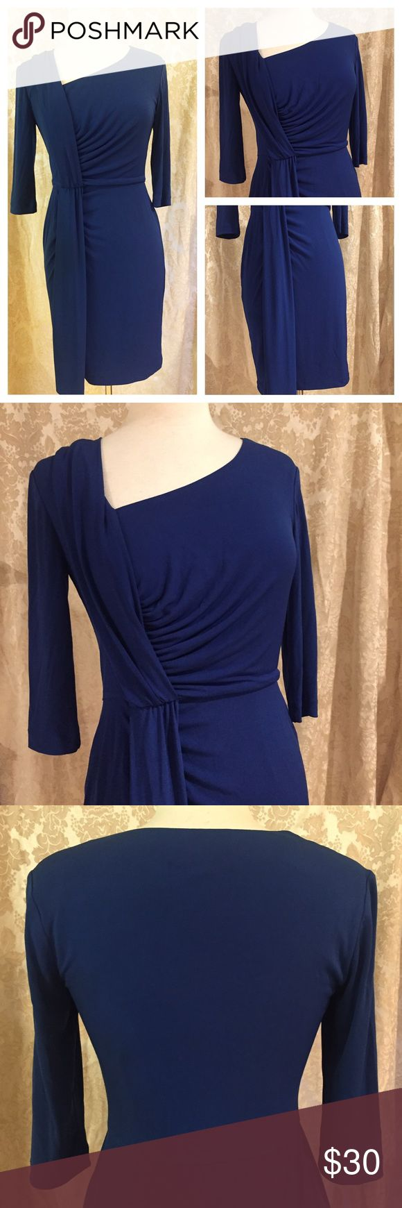 Donna Ricco royal blue dress Gorgeous Donna Ricco royal blue dress. Pull over style, perfect gathers and non wrinkle fabric. This dress can travel and will be a closet staple. Size 2 Donna Ricco Dresses Midi