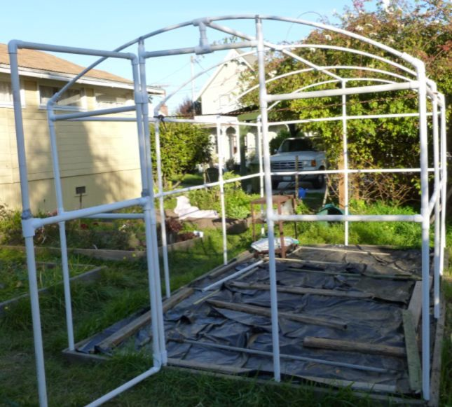 Building a PVC greenhouse - framing