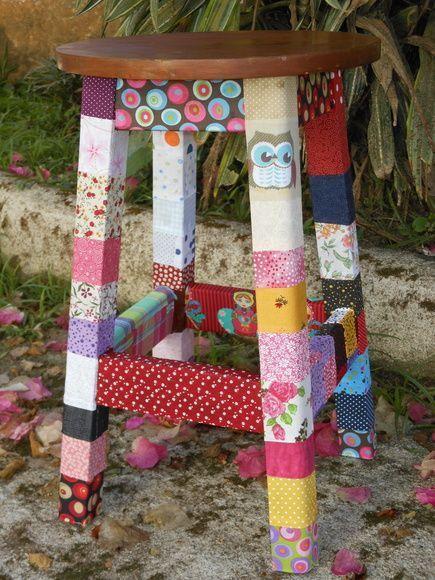 banquinho de madeira decorado com retalhos1