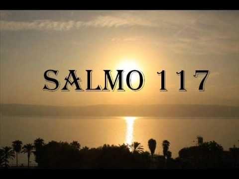 Cantos gregorianos - Salmo 117 ( en español ), via YouTube.