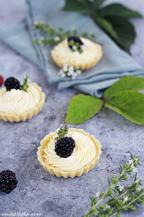 White Chocolate Mascarpone Tartlets / Tartaletky s bílou čokoládou a mascarpone | Na vidličku food blog