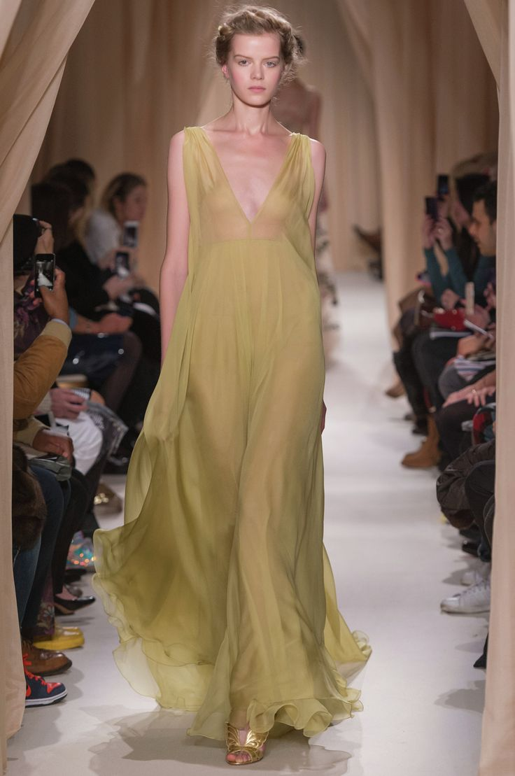 46 best images about valentino haute couture s s 2015 on for Buy haute couture