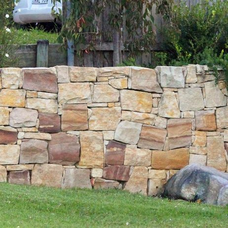 Random Dry Stack Sandstone Wall