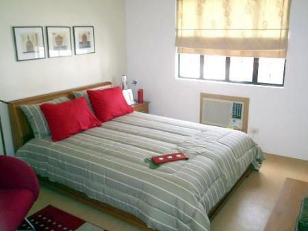 Bedroom interior design for small houses