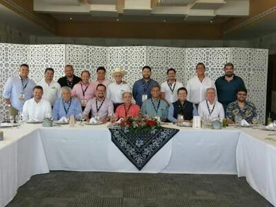 Campeche, Camp.- La Liga Mexicana de Beisbol sostuvo este viernes su Asamblea de Presidentes en el Country Club de Campeche, dentro del marc...