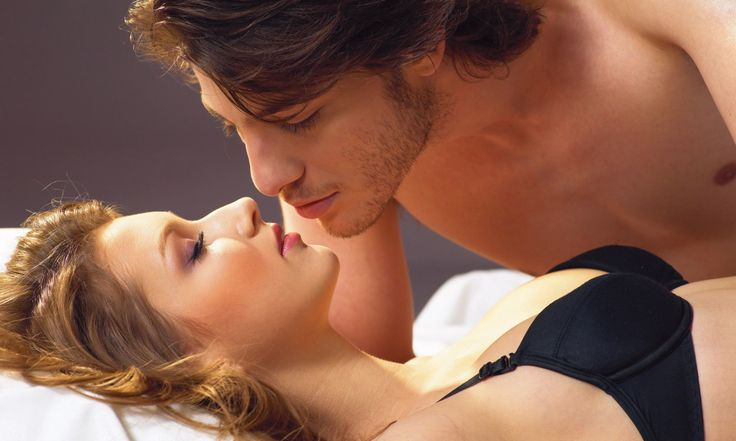 Поцелуй – это прикосновение к кому-то губами в знак любви. Существует достаточно много их видов, но наиболее известный, романтический и популярный – французский. Он являет собой глубокий поцелуй с проникновением языка в рот партнера. История возникновения французского поцелуя Как видно из названия, данная разновидность поцелуя пришла к нам из любвеобильной Франции. Вот что об этом […]