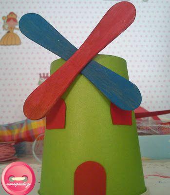 Είμαι παιδί: Μικρές κατασκευές από ξυλάκια παγωτού και μανταλάκια