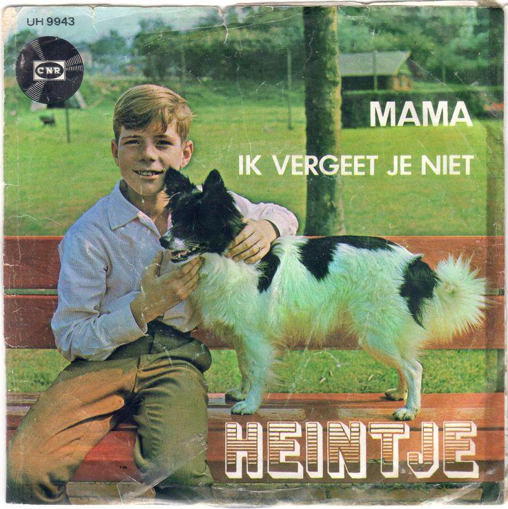 Mijn allereerste singletje, wat ik draaide op m'n Braun pickup; Heintje - Mama, je bent de liefste van de hele wereld.