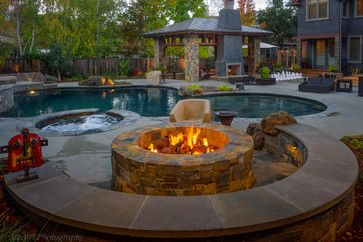 Traditional Home Backyard Fire Pit Design Ideas Pictures