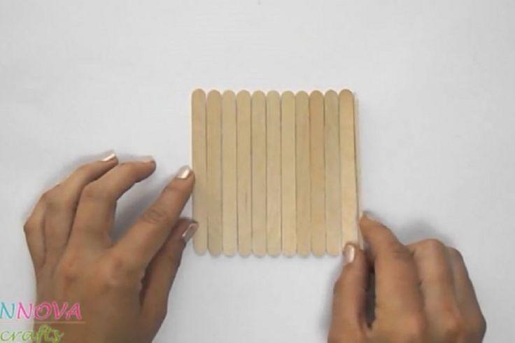 Caboteurs de bricolage avec des bâtons de popsicle