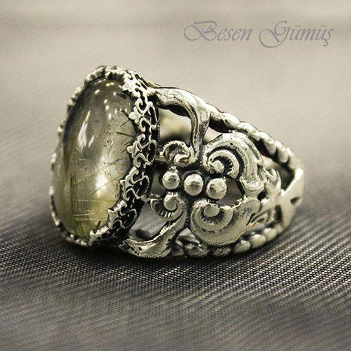 Limon Kuvars Taşlı El Yapımı Erkek Yüzük  Besen Gümüş www.besengumus.com  #besen #gümüş #takı #aksesuar #limon #kuvars #taşlı #el #yapımı #elyapımı #erkek #yüzük #erkekyüzük #izmit #kocaeli #istanbul #besengumus #tasarım #moda  Fiyat Bilgisi ve Satın Almak İçin https://besengumus.com/erkek-yuzuk/dogal-tasli-el-yapimi-yuzukler/limon-kuvars-tasli-el-yapimi-erkek-yuzuk.html  Sorularınız İçin Whatsapp 0 544 6418977 Mağaza 0 262 3310170