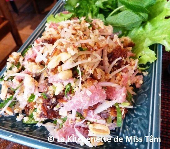 Salade de riz croustillant laotien La Kitchenette de Miss Tâm