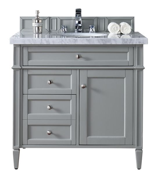 Master Bath Vanities And Chang E 3: 1000+ Ideas About Bathroom Vanity Makeover On Pinterest