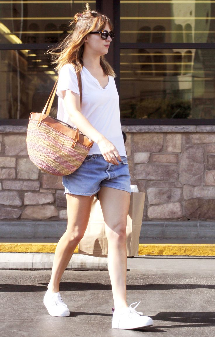 Dakota Johnson spotted in LA - 31 July 2016 Click on for more Candid photos lovefiftyshades.com | twitter | instagram | pinterest | youtube