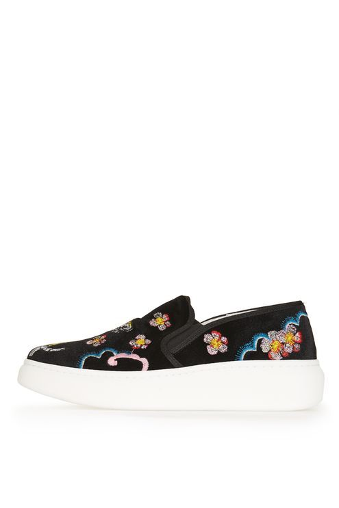 TOMMY Slip on Trainers