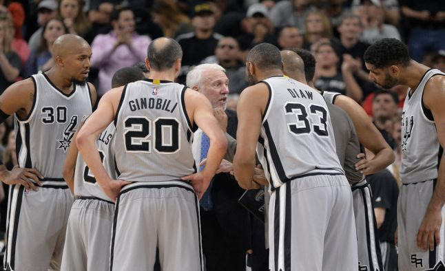 The marquee matchup on this short slate tonight is the #Clippers heading into San Antonio to play the Spurs. The #NBA Odds have the #Spurs as big -9 favorites, with a total of 200 points. http://www.sportsbookreview.com/nba-basketball/free-picks/free-nba-picks-expect-high-scoring-game-clippers-vs-spurs-a-70569/