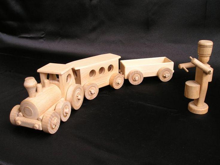 Hračky a hračkářství s dřevěnými vláčky a vagonky. K dodání do 24 h.