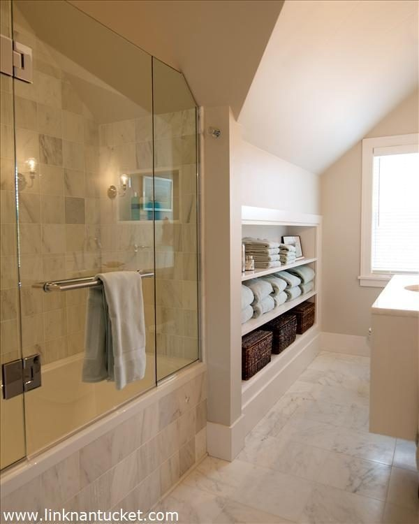 72 best remod images on pinterest stacked stones for Nantucket style bathrooms