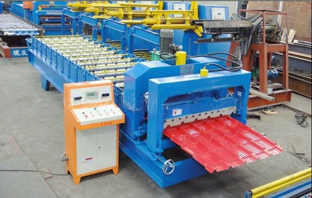 Glazed Tile Roofing Sheet Roll Forming Machine Whatsapp & Wechat:0086-13513038763