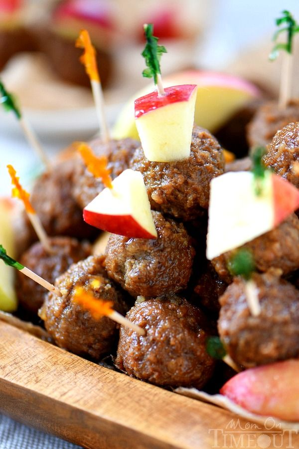 Easy Slow Cooker Apple Cider Maple Meatballs have all the flavors of fall in a…