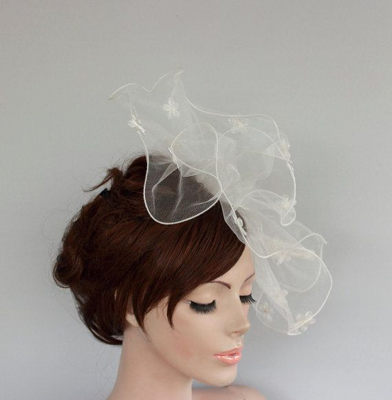 wedding ideas with tulle 25 best ideas about hair fascinators on 27944