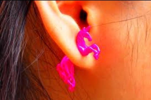 Unicorn earring !!!!!!!!