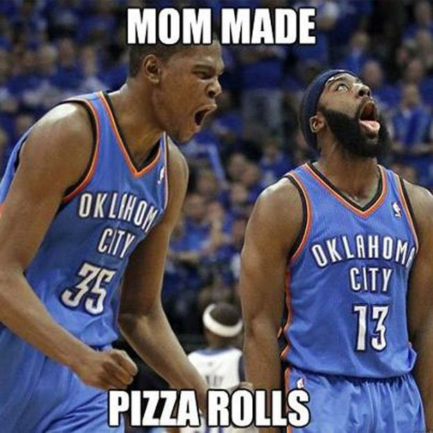 Mom Made Pizza Rolls! IIIIIIIIIIIIIIIIIIIIIIIIII freakin love pizza rolls!