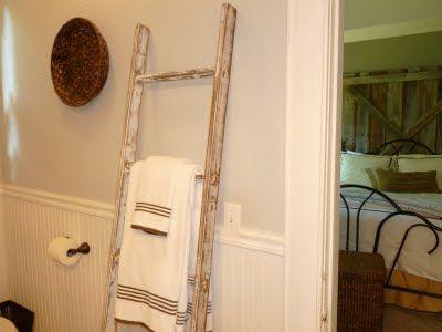 "Our Vintage Home Love: Build a ""Vintage"" LadderVintage Ladders, Old Ladders, Small Bathroom, Vintage Wardrobe, Living Room, Towels Racks, Bathroom Ideas, Vintage Homes, Laundry Room"