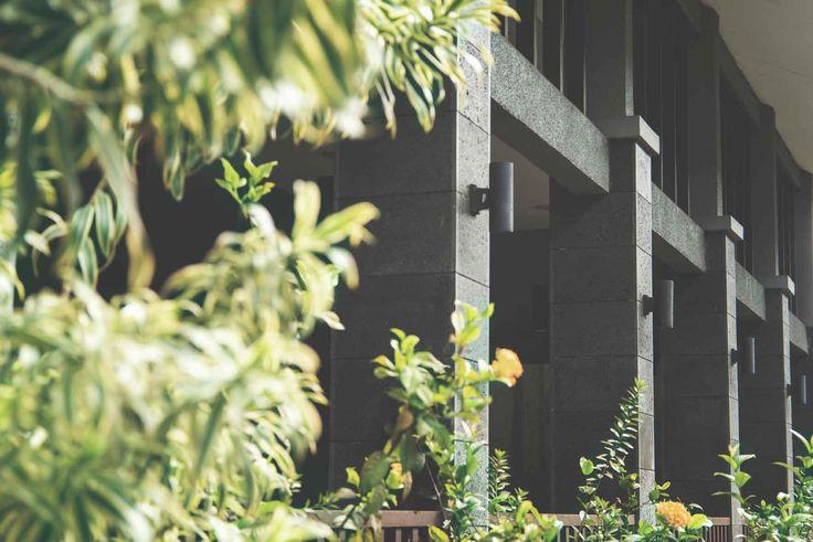 Project : PB Mutiara Image 8 Location : Bandung, Indonesia Site Area : 5575 m2 Building Area : 6152 m2 Design Phase : 2009 - 2010 Constrution Phase : 2010 - 2011 Description : Pelatihan Bulutangkis Mutiara or P.B. Mutiara is a Badminton Training Center with 16 badminton courts, 4 storey athlete dormitory and a spacious canteen based in Cibereum, Bandung.  #architectindonesia #architecture #archdaily #bulutangkis #olahraga #sportvenue #badminton
